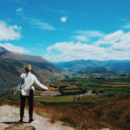A quickie in Queenstown